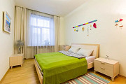 2-комнатная квартира помесячно, 75 м<sup>2</sup> Алматы