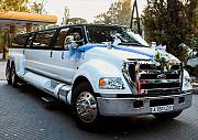 Аренда лимузина на день рождения, выписка с роддома, свадьба, трансфер, Лимузинlexus Swarovski Алматы