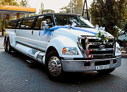 Прокат аренда лимузинов в Алматы в роддом, день рождения, трансфер в аэропорт Алматы
