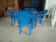 Пластиковые столы квадратные Алматы