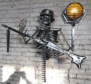 Светильник кованый скелет с пулемётом Степногорск