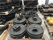 Вилка колеса направляющего для Hitachi Ex60 доставка из г.Алматы